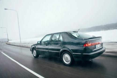 Mer Saab än så här är svårt att få. CS-karossen tog designen hos 9000 till sin ytterlighet.