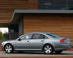 Provkörning av Audi A8 3,2 FSI Quattro