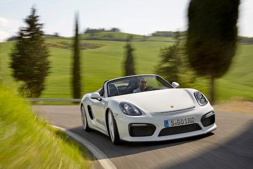 Glöm din dröm om den handlar om att köpa Porsche Boxster Spyder. Svenska tilldelningen är nämligen tingad.