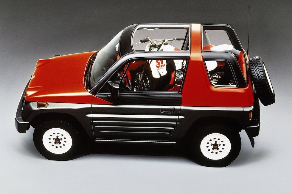Toyota RAV Four, prototyp från 1989.