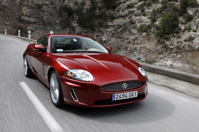 090326-jaguar-xf-xk