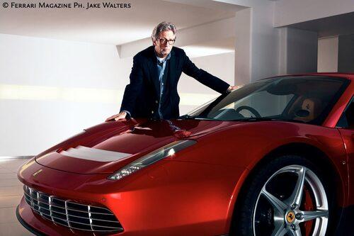 Gitarrgurun Eric Clapton med sin unika Ferrari som han lagt ut ofantliga miljoner på. Klicka vidare för mer kött på benen...
