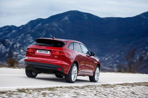 F-Pace har en sval, tillbakalutad designstil. Kommer med stor sannolikhet bli Jaguars bästsäljare.