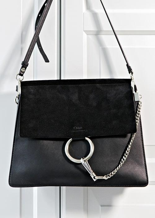 Den senaste i raden av svarta handväskor är från Chloé.
