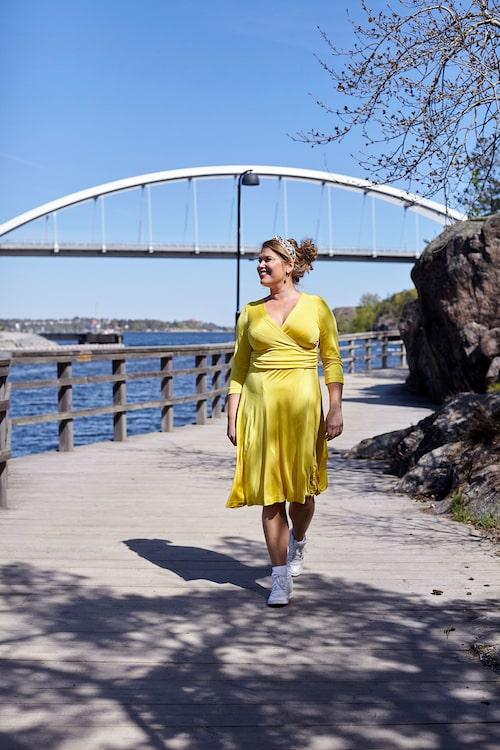"""""""Strandpromenaden till Nacka strand är en del av min promenadrunda på 5km. Härifrån kan man också ta båten istället för bussen in till stan."""""""