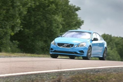 Volvo S60 Polestar, 508-hästars konceptbilen, hade en toppfart på över 300 km/h. En framtida prestandamodell från Volvo skulle kunna imponera med snabba accelerationstider, inte höga topphastigheter. Hur det blir med Polestars modeller återstår att se. Polestar är ju ett fristående märke.