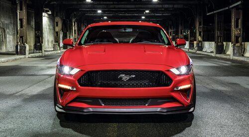Ford Mustang GT från 2018 med Performance Pack steg 2. Mycket nytt, men hästen håller stilen.
