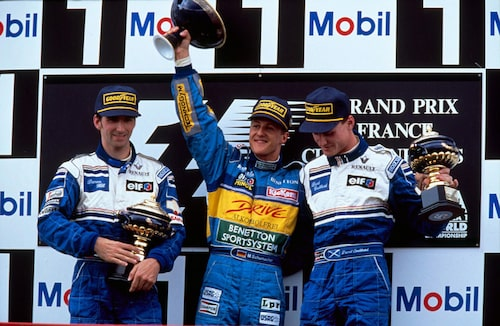 1995. Toppteamen under mitten av 1990-talet, Benetton och Williams, körde med Renaultmotorer. Här podiet under Frankrikens Grand Prix 1995.