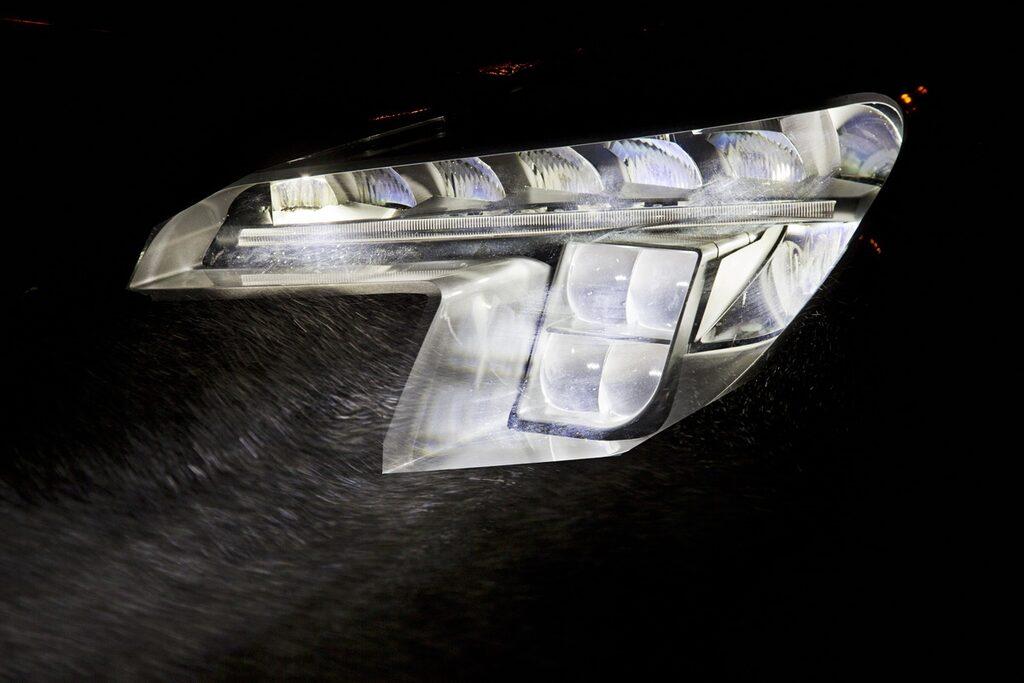 Opels kommande LED-matris-strålkastare verkar inte bara vara bra, de ser häftiga ut också.