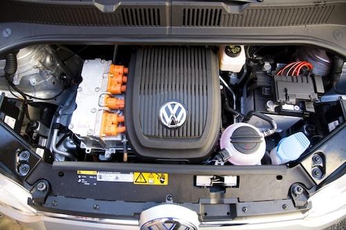 Volkswagen garanterar batteriet i åtta år eller 16000 mil.