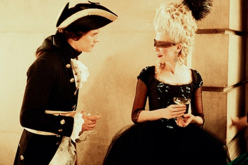 Jamie Dornan and Kirsten Dunst som Axel von Fersen och Marie Antoinette i Sofia Coppolas film om den franska drottningen från 2006.