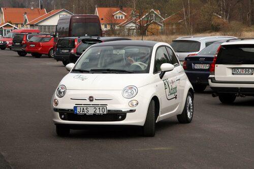En liten kort och exklusiv tur i den eldrivna Fiat 500:an fick man. Rullade helt ljudlöst men rykte till lite vid gaspådrag tack vare fullt vridmoment vid minsta lilla gas.