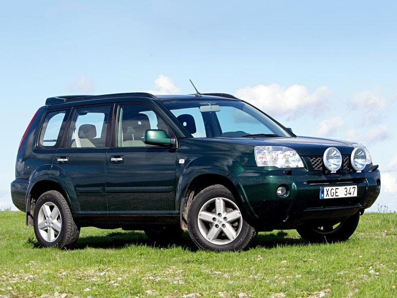 Nissan X-trail. Bilen på bilden är generation 1 som gjordes mellan 2002 och 2007. Från och med 2007 kom generation 2 som mer kan ses som en facelift.