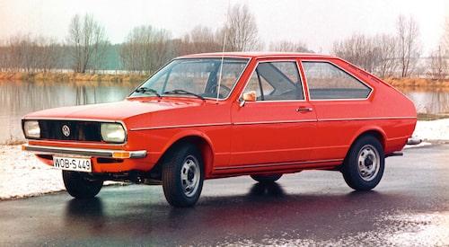 Volkswagen Passat i tvådörrars sedanutförande, så som modellen såg ut när det begav sig 1973.
