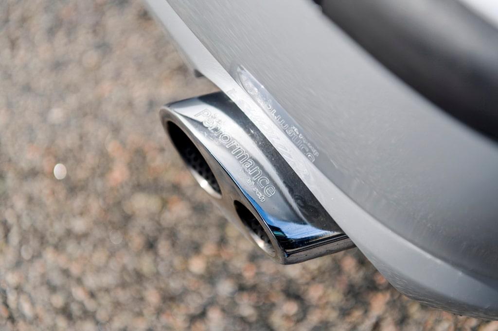 Sportavgassystemet från Hirsch ger 9-5 mulligt sound. Bilarna byggdes om av Ana i Trollhättan.