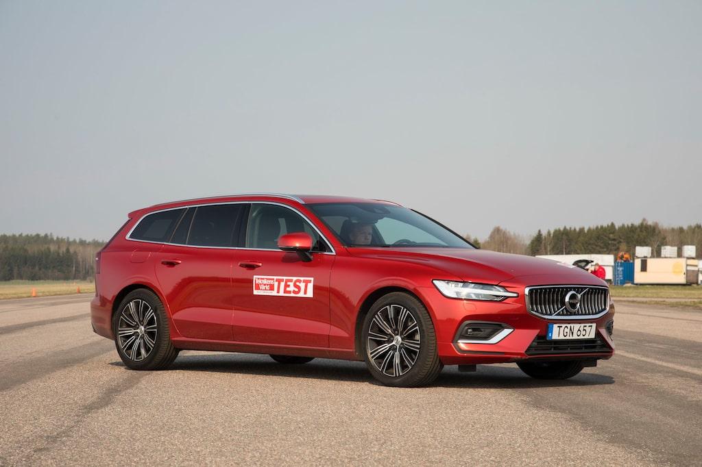 Volvo V60 D3 Automat Momentum Special Edition (D-segment)