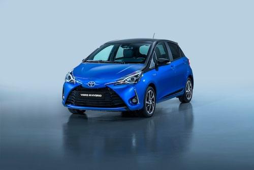 Toyota Yaris är en liten bil med låg värdeminskning sett i reda pengar. Hybriddriften gör sitt till.