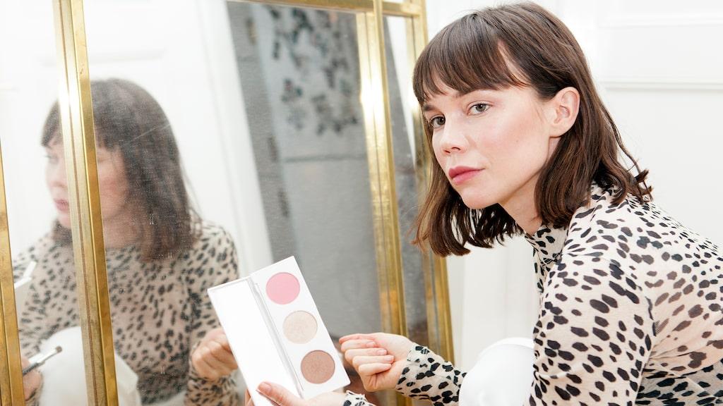 Hedda berättar om sin sin hudvårds-, hår- och makeuprutin.