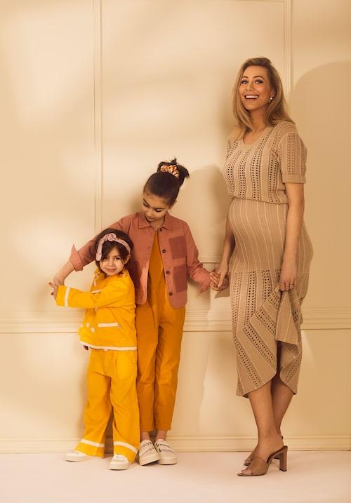 Alexia Kafkaletos tillsammans med Naomi och Corinne.