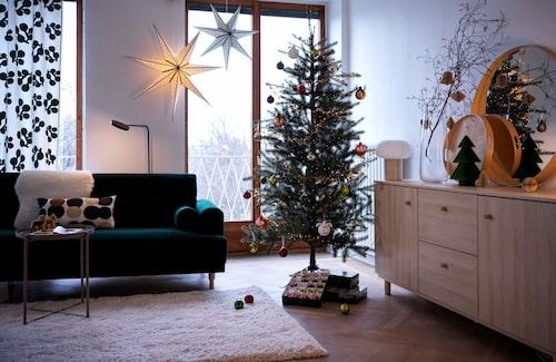 Grönt och vitt är årets julfärger hos Ikea.