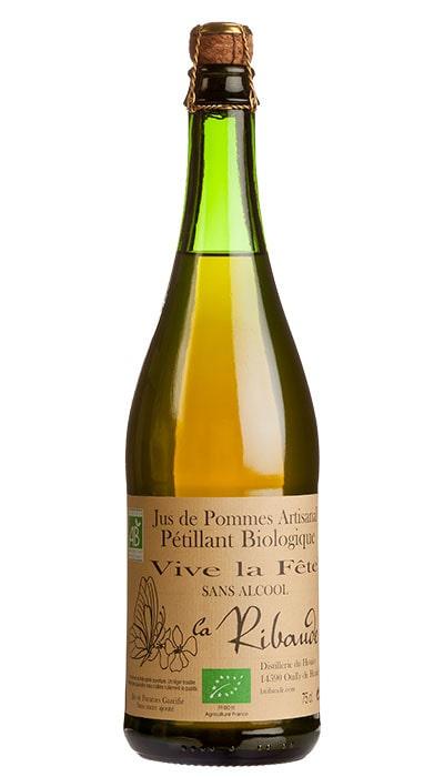 Cidern Jus de Pommes Artisanal Pétillant är en mousserande favorit. Finns också med päronsmak.