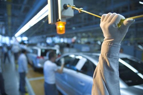 Fabriken ska byggas om under sommaren för att kunna producera Insignia efter sommaren.