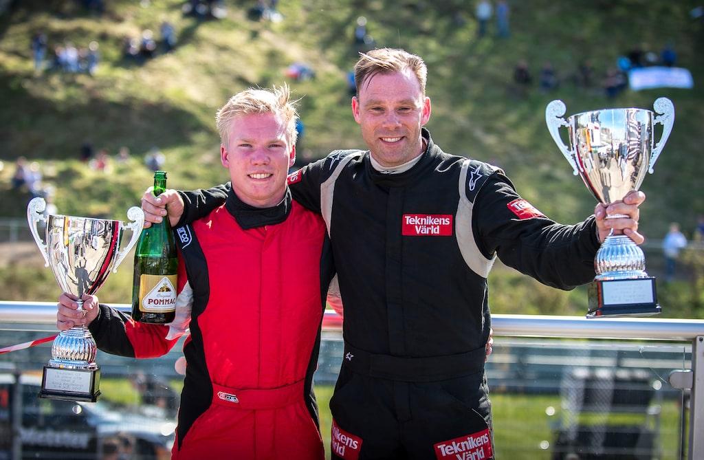 Från vänster Oskar Krüger och Linus Pröjtz.