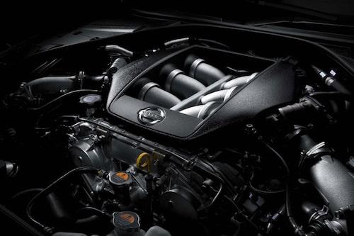 3,8-liters sexa, minst 485 hk.