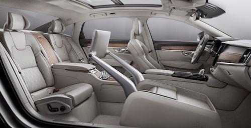I S90 Excellence finns det bara plats för två åkande plus chaufför.