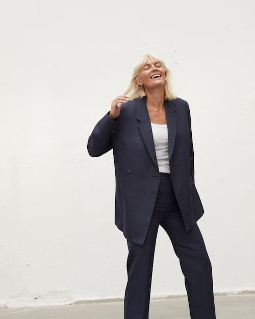 Josephine Bornebusch har skapat den hyllade svenska serien Älska mig.