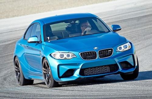 Hans Hedberg kör det senaste, och minsta, från BMW:s M-avdelning på Laguna Seca.