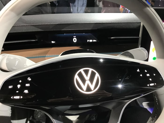 Volkswagen ID. Space Vizzion på bilsalongen i Los Angeles.