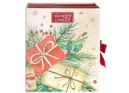 Klicka på bilden för att komma till Yankee Candles adventskalender med doftljus.