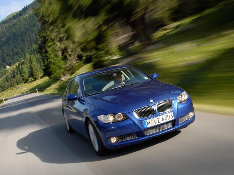 Provkörning av BMW 335i Coupé