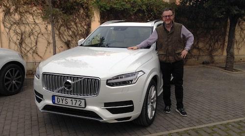 Teknikens Världs testchef Hans Hedberg är med fotograf Patrik Lindgren i Barcelona för första provkörningen av nya Volvo XC90.