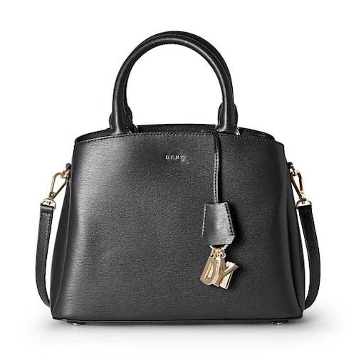Svart väska från DKNY.