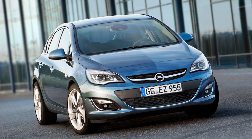 Opel Astra facelift 2013