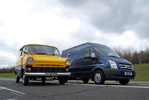 Ford Transit 1965 och 2010.
