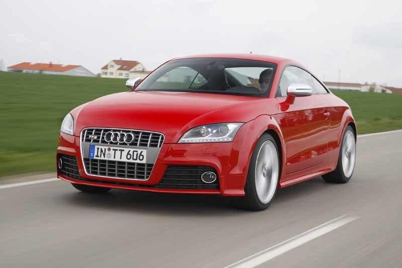 Provkörning av Audi TTS