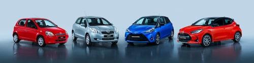 Fyra generationer Toyota Yaris, från 1998 till 2021.
