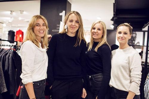 Chefredaktör Jonna Bergh med Lina, Alexandra och Alice från Gina Tricot. Alla klädda i Gina Tricot.