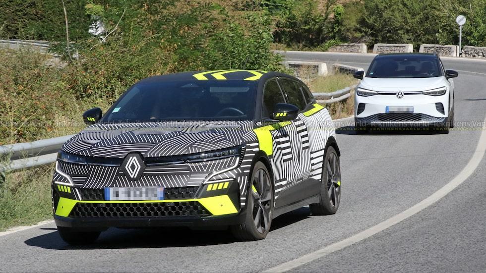 Renaults nya elbil på samma bild som en av modellens tuffaste konkurrenter.