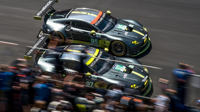 Darren Turner vinner GTE-PRO-klassen på Le Mans 2017 med Aston Martin nummer 97.