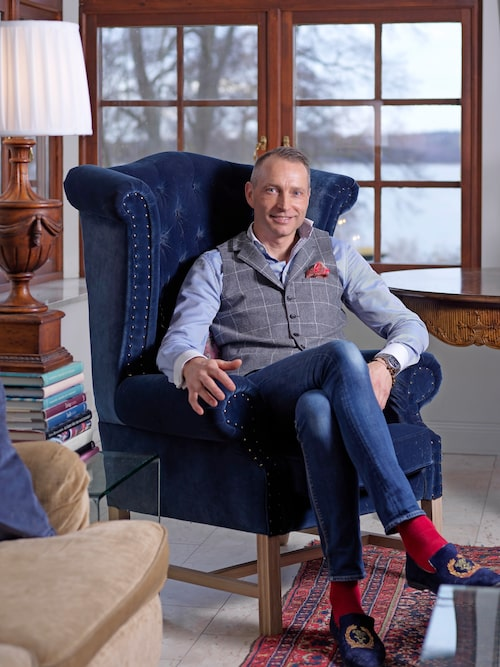 Peter tillbringade mycket tid hos sin morfar när han ägde Villa Balsvik. Nu har han själv tagit över huset med sin familj.
