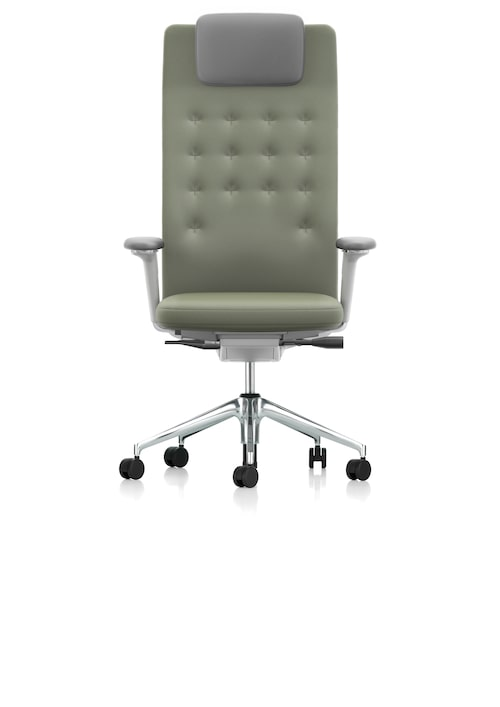 Klassisk och ergonomisk arbetsstol Id trim L av Antonio Citterio, med extra stöd för nacke och huvud, från 8 800 kr, Vitra.