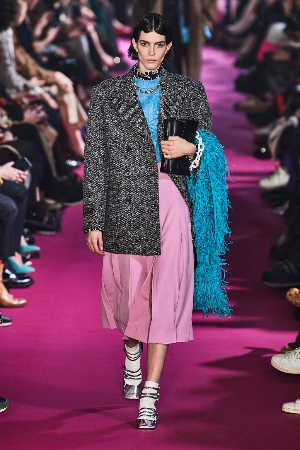Höstmode 2020: kavaj och kjol hos MSGM AW20.