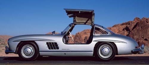Mercedes 300 SL blev 1999 vald till 1900-talets främsta sportbil.