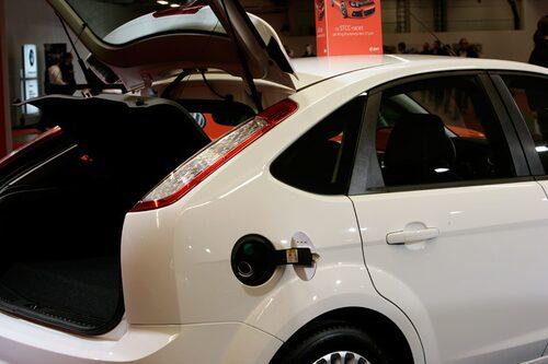 Ford Focus för både bensin och gas.