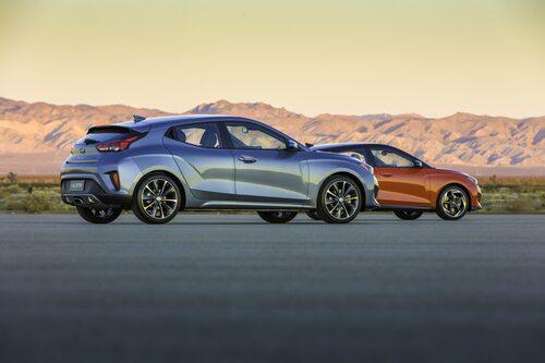 Hyundai Veloster 2,0 och Veloster R-Spec Turbo