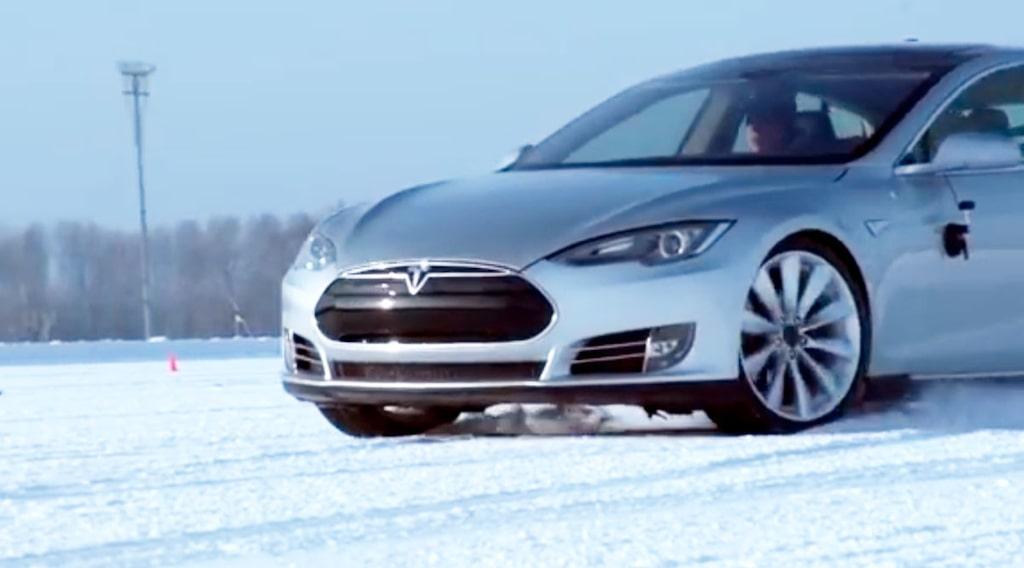 Tesla Model S vinter